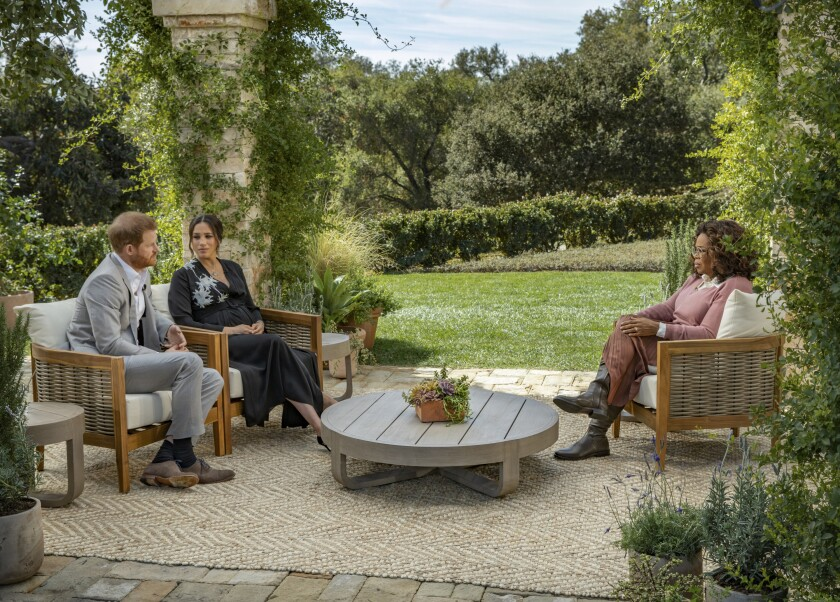 Columna La Entrevista De Oprah Con Harry Y Meghan Fue Un Hechizo Televisivo Qué Funcionó Bien Y Qué Falló Los Angeles Times