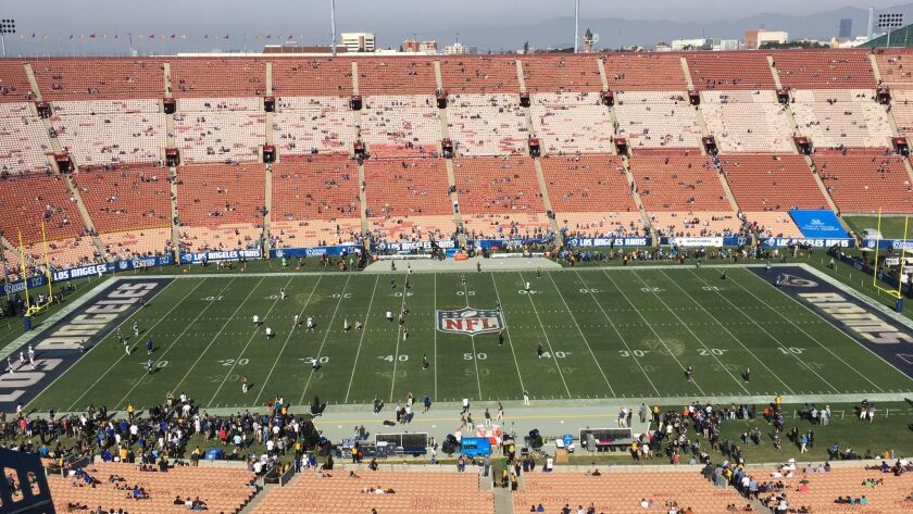 Why the Coliseum field looks weird at the Rams-Panthers game