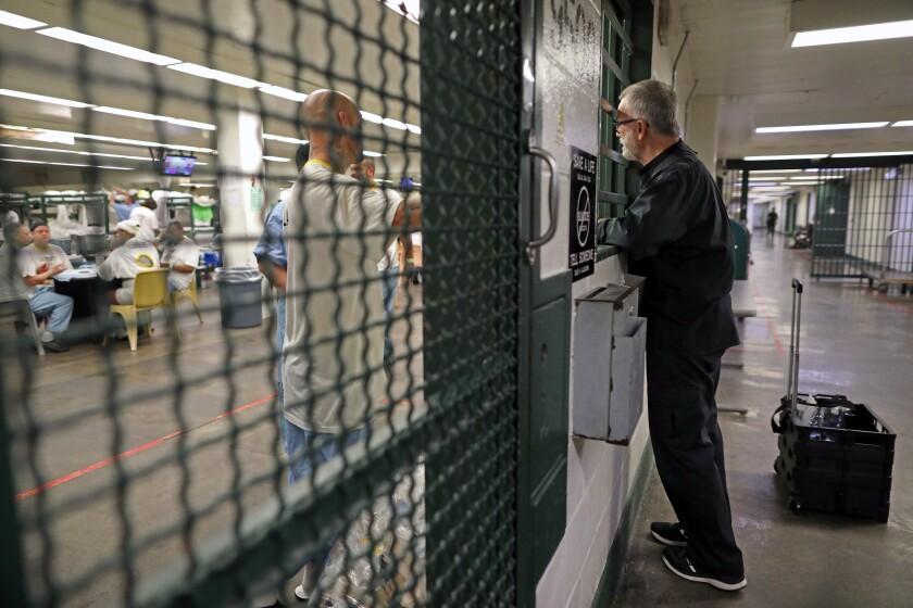 462561_ME_inmate_chaplain_GXC_0319.JPG