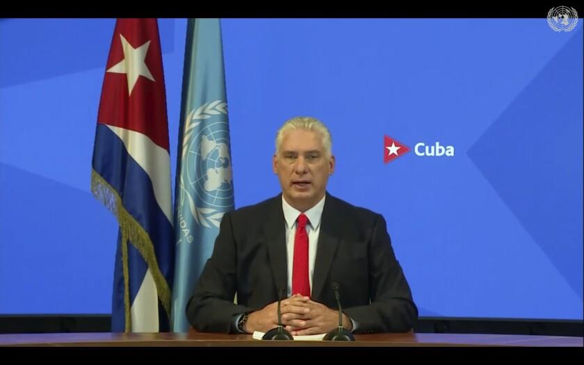 En esta foto tomada de video el presidente de Cuba, Miguel Díaz-Canel, se dirige de forma remota a la 76 ° sesión de la Asamblea General de las Naciones Unidas en un mensaje pregrabado el jueves 23 de septiembre de 2021 en la sede de la ONU. (ONU Web TV vía AP)