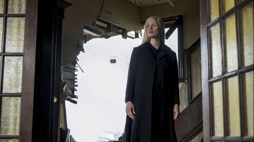 DF-08335_R3 - Jessica Chastain in Twentieth Century Fox's DARK PHOENIX. Photo Credit: Doane Gregor