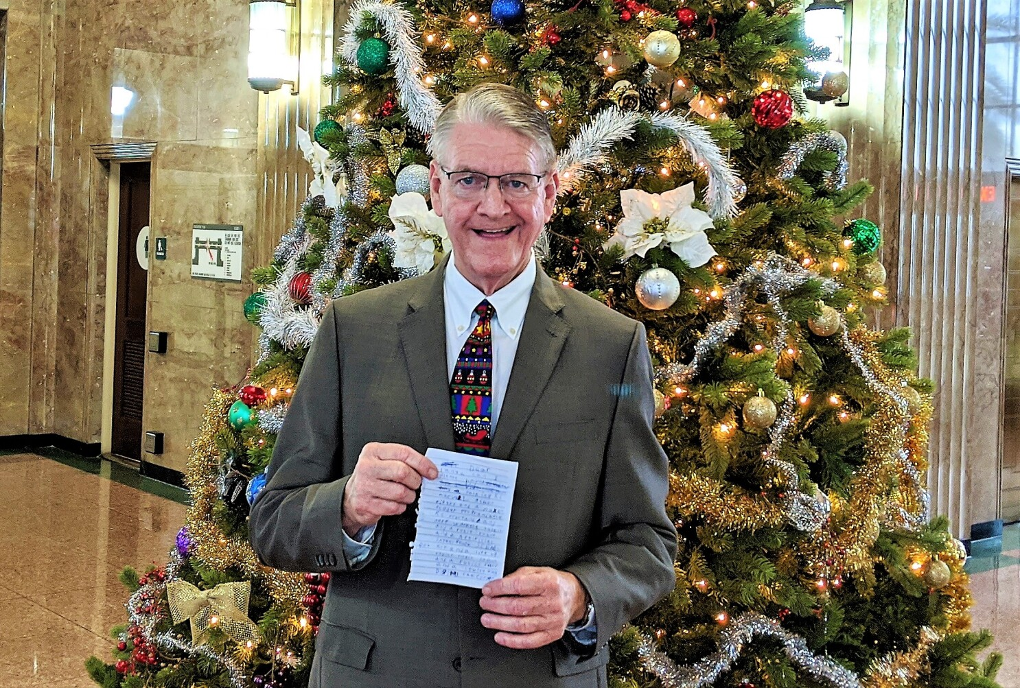 Mueller Christmas Sign Sandiego 2020 Column: Tax collector gets letter to Santa and El Cajon man vies