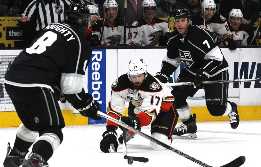 Ducks scrap their way past Kings, 3-2, and into first place