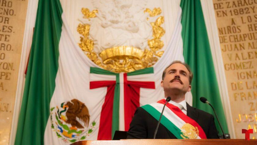 Erik Hayser interpreta nuevamente al presidente de México tras hacerlo en la serie Ingobernable
