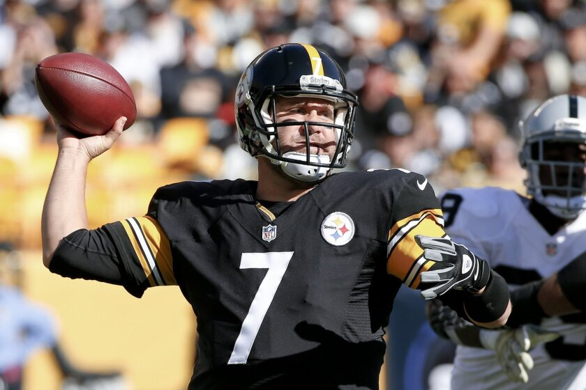Pittsburgh Steelers quarterback Ben Roethlisberger (7) passes in the first quarter of an NFL football game against the Oakland Raiders, Sunday, Nov. 8, 2015, in Pittsburgh. (AP Photo/Gene J. Puskar)