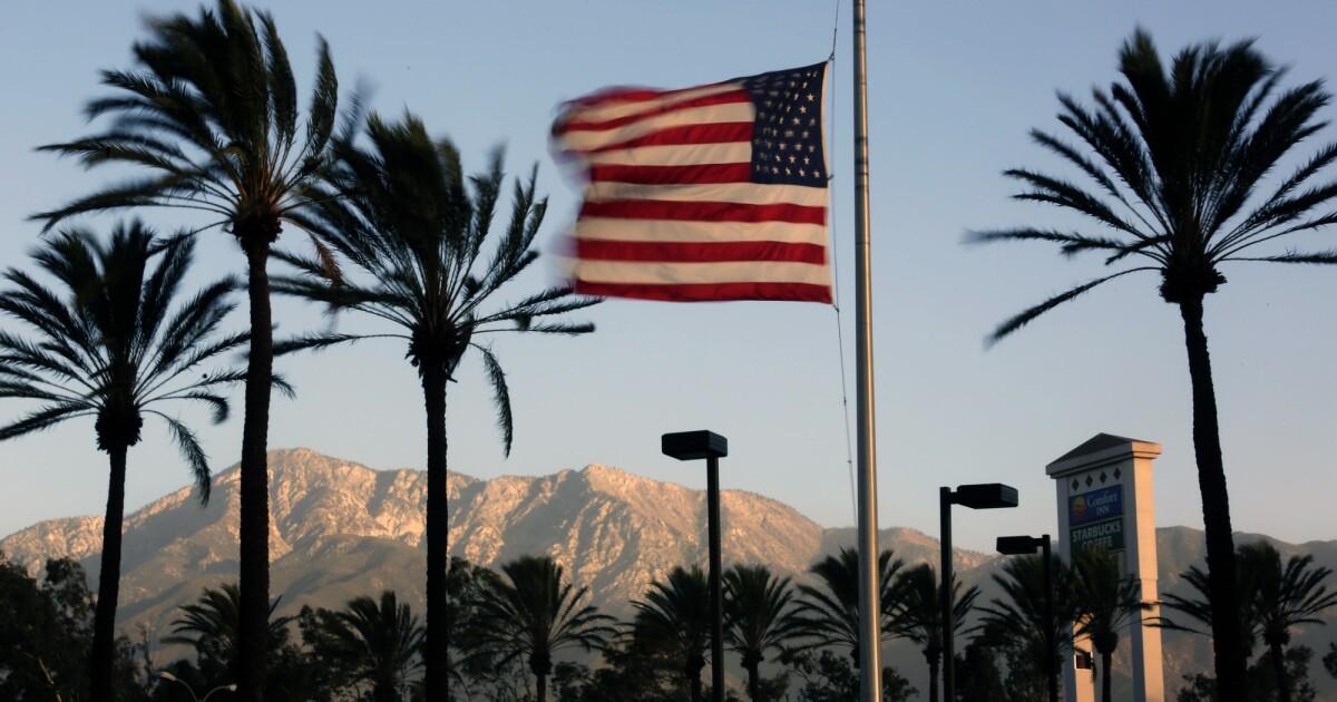 Santa Ana angin dan suhu dingin prompt peringatan cuaca