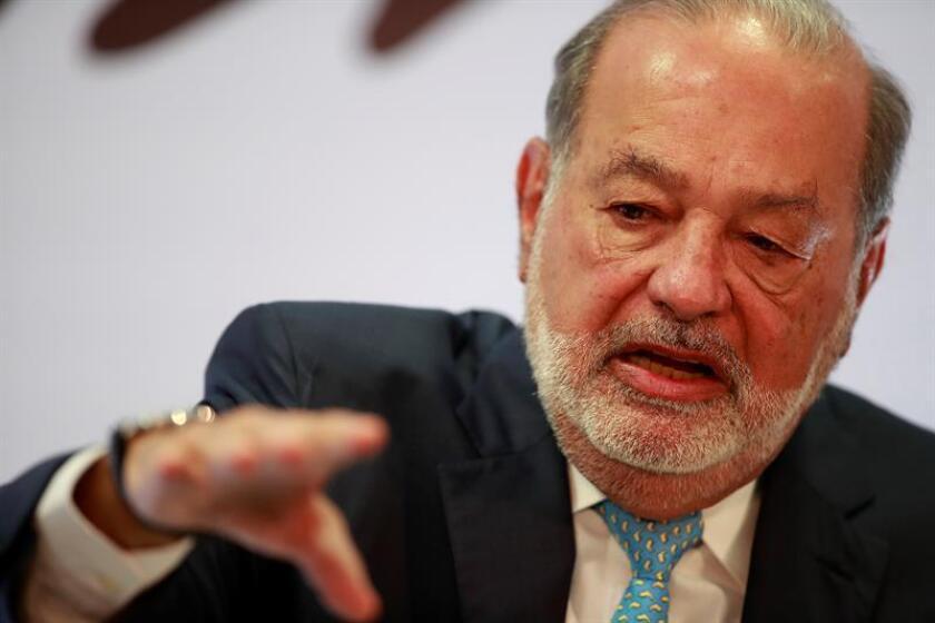 El magnate mexicano Carlos Slim participa durante una rueda de prensa en Ciudad de México (México). EFE/Archivo