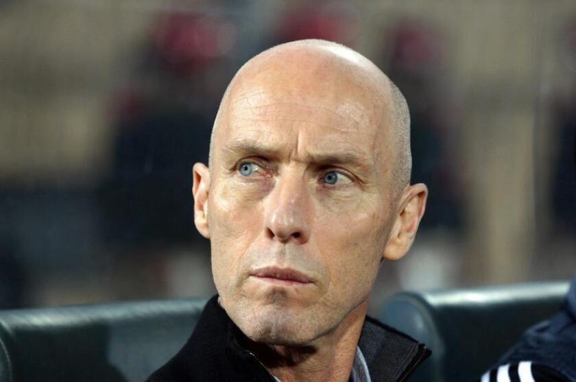El entrenador Bob Bradley. EFE/Khaled Elfiqi/Archivo