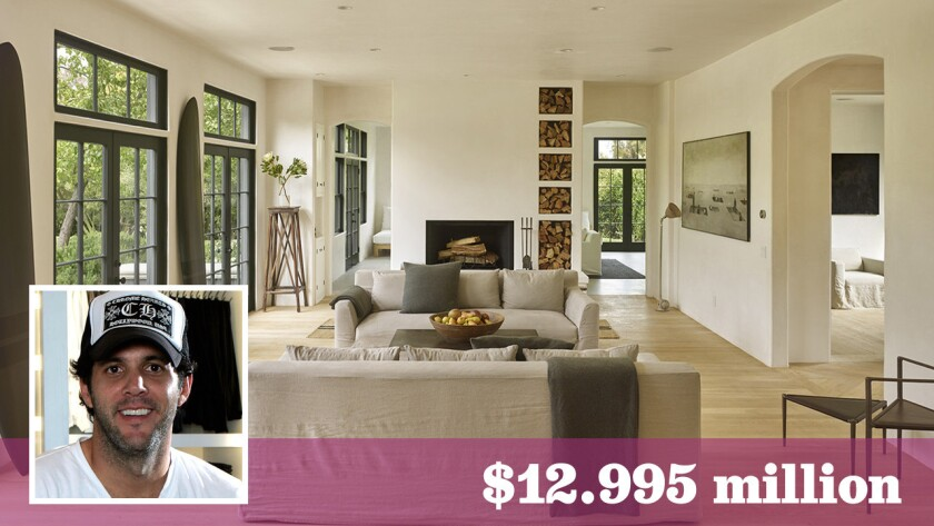 Fashion and furniture designer James Perse has sold a home in Malibu for the asking price of $12.995 million.