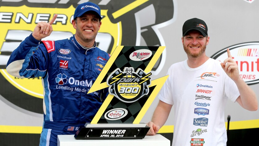 Elliott Sadler, Dale Earnhardt Jr.