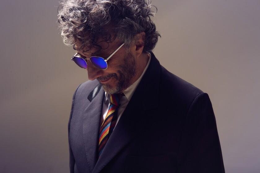 El cantante, pianista y compositor Fito Páez es un amante del alcohol.