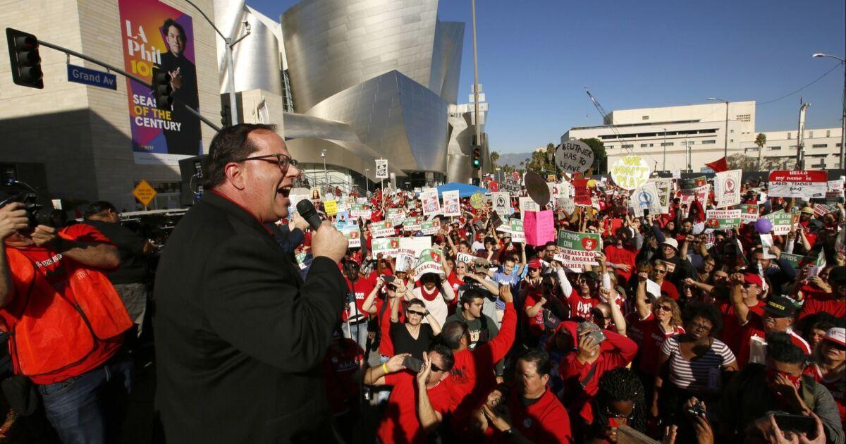 Judge denies L.A. school district's bid to block teachers strike - Los Angeles Times