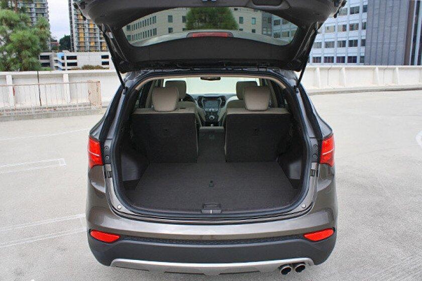 Times Test Garage Hyundai Santa Fe Sport Has Storage Tricks Los Angeles Times