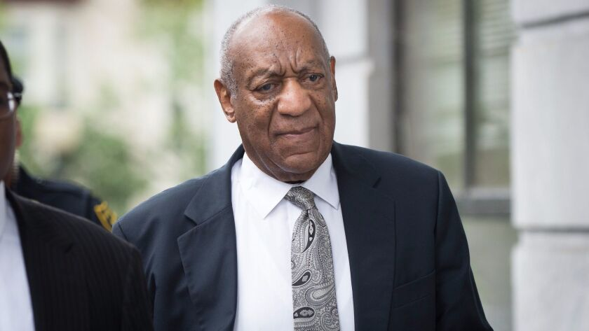 epa06033111 US entertainer Bill Cosby arrives at the Montgomery County Courthouse in Norristown, Pen