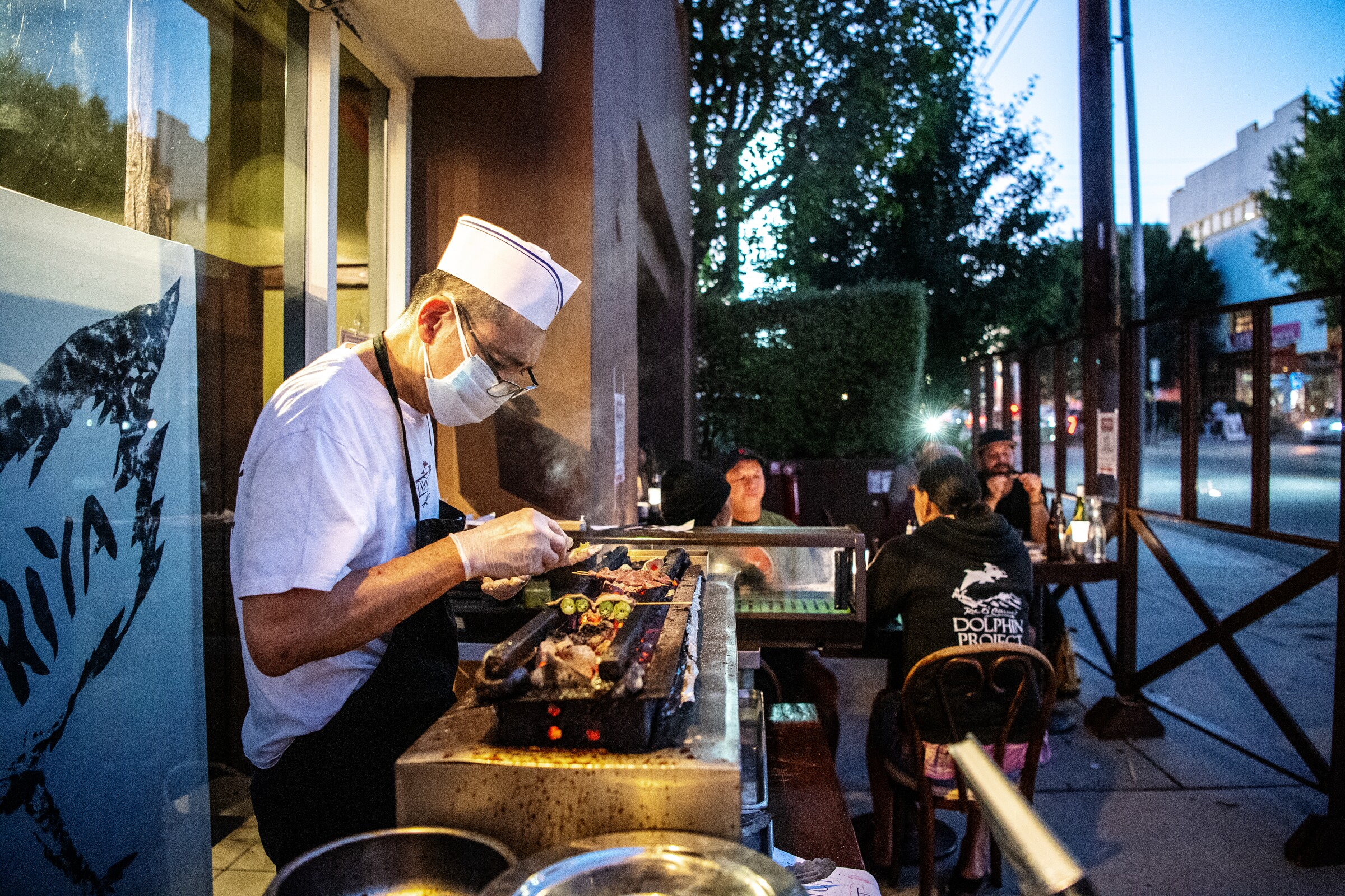 The outdoor dining scene at Yakitoriya in Los Angeles.