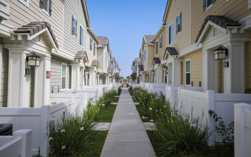IMPERIAL BEACH, CA 4/26/2019: More than 20 of the 87 homes in Bayside Landing are short-term rentals. (Howard Lipin/ The San Diego Union-Tribune)