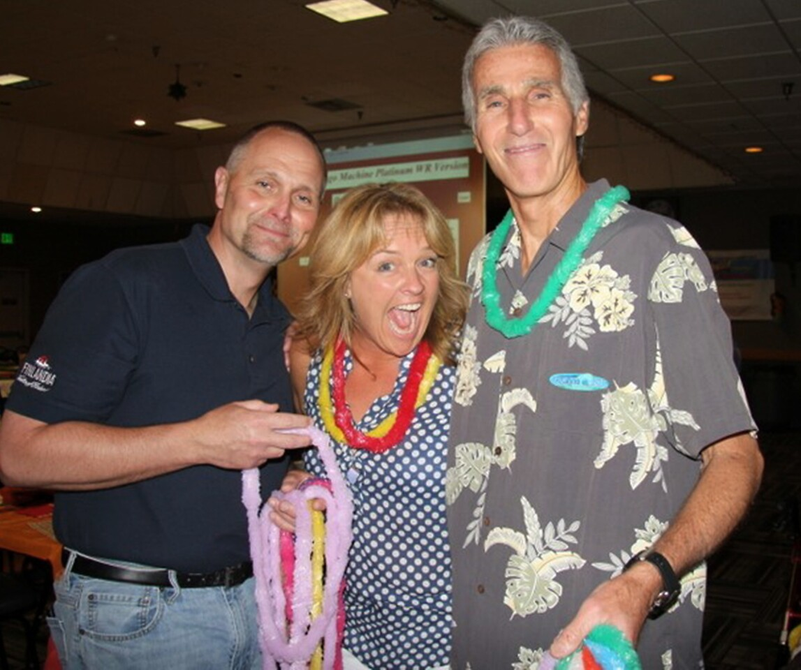"""Mark Kraus, from left, Kim Guard and Richard Dell at the Glendale Kiwanis """"Bingo in Paradise."""""""