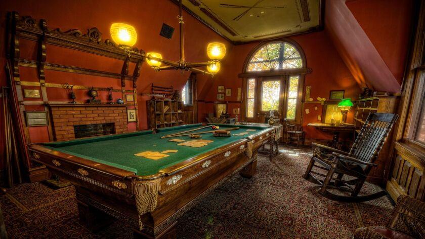 Mark Twain's third-floor billiard room