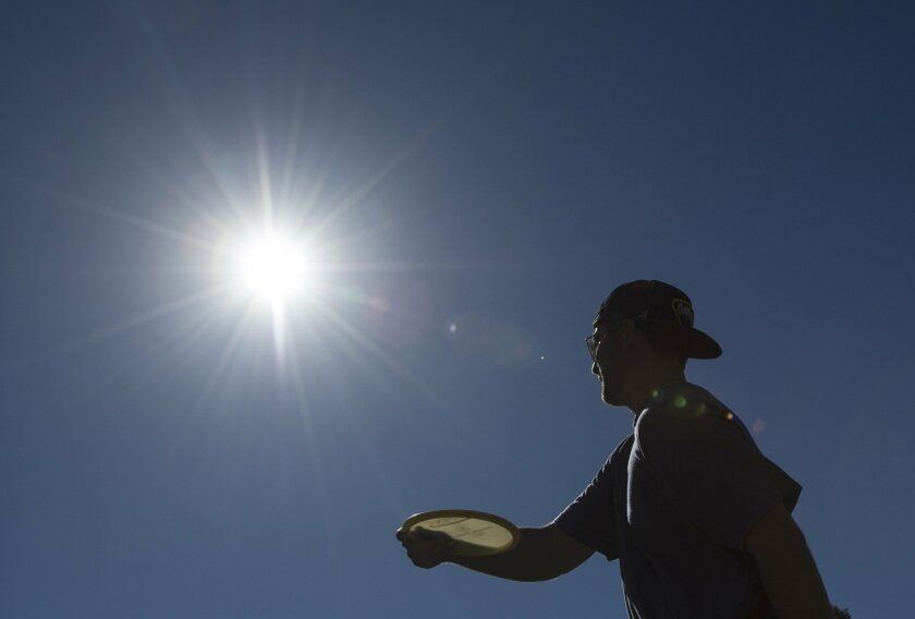 A heat wave blanketing large portions of California prompted the California Independent System Operator to issue a statewide Flex Alert, calling on electricity consumers to conserve power. (Ed Crisostomo/The Orange County Register via AP)  MAGS OUT; LOS ANGELES TIMES OUT; MANDATORY CREDIT