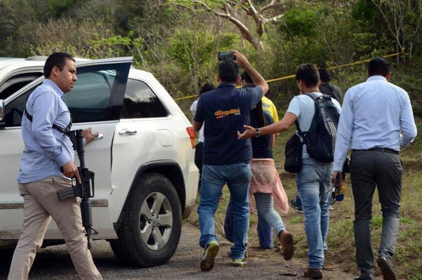 La desaparición de cuatro policías y la muerte de tres de ellos hace dos años y ocho meses en el violento estado mexicano de Veracruz siguen en la impunidad y en el olvido oficial, según denuncian los familiares de las víctimas. EFE/Archivo
