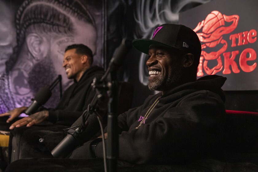 "Matt Barnes, left, and Stephen Jackson share a laugh during a recent ""All the Smoke"" video podcast on Showtime."