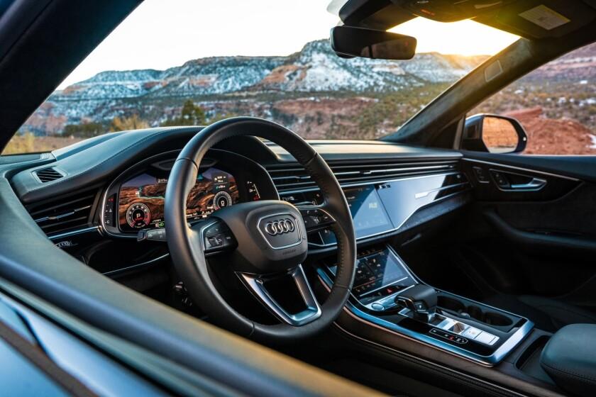 -2019-Audi-Q8-5482.jpg