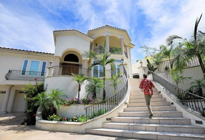 Home appraisers criticized less