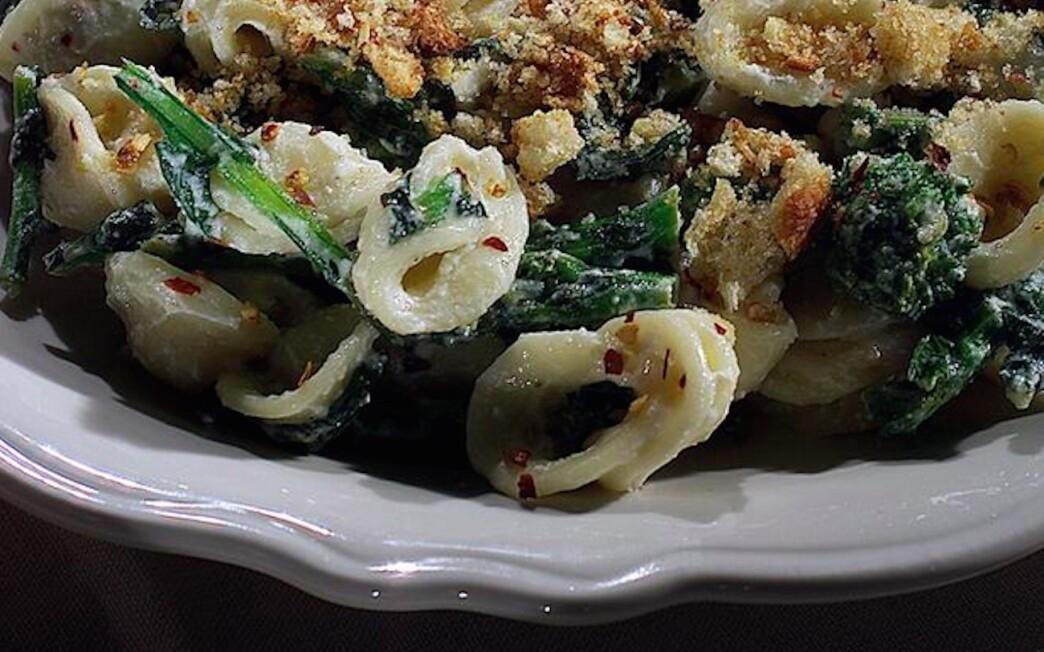 Orecchiette With Broccoli Rabe and Garlic Bread Crumbs
