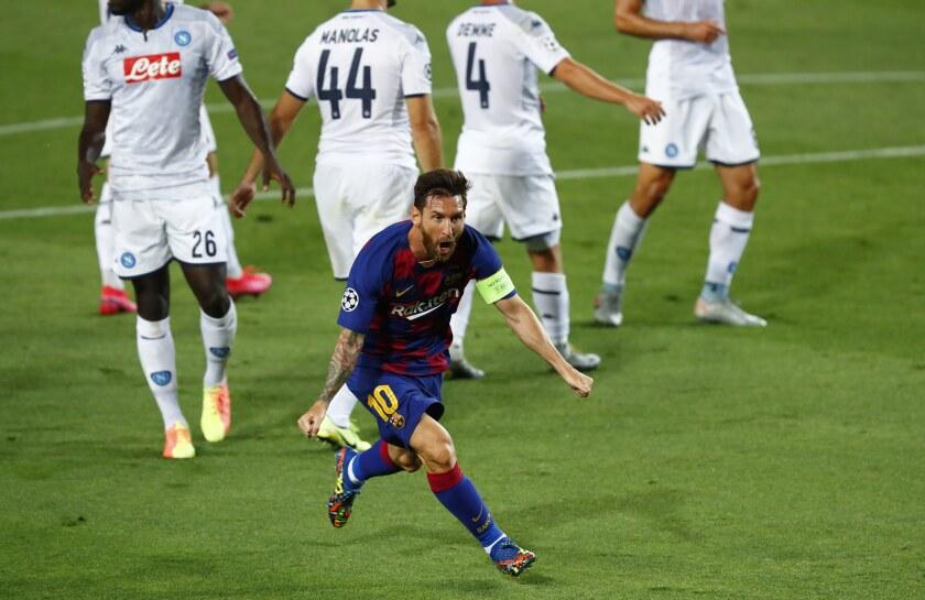 Lionel Messi celebra tras marcar el segundo gol del Barcelona en la victoria 3-1 ante el Napoli