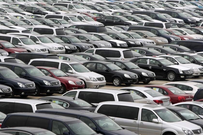 La empresas GM estuvo en problemas por no haber llamado a reparación a miles de autos defectuosos.