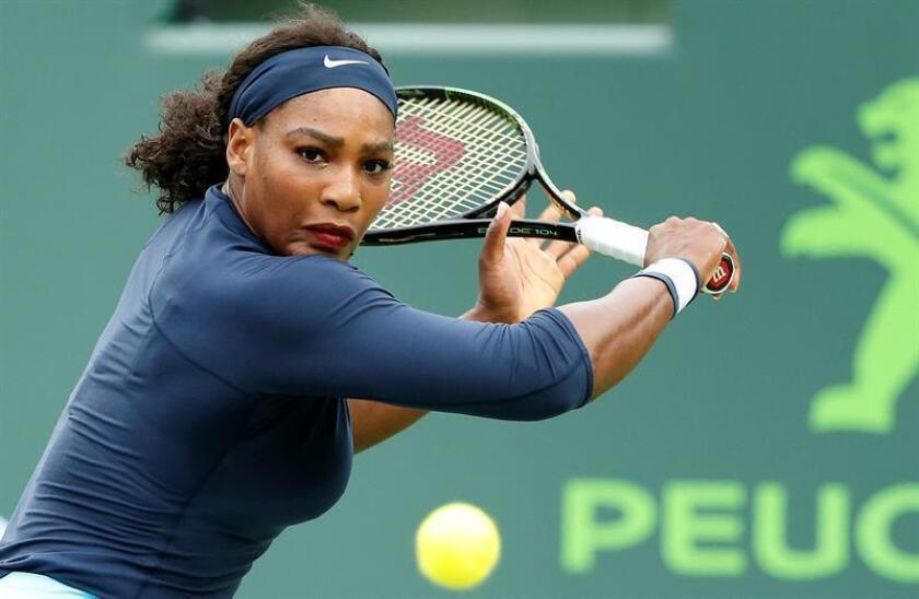 La tenista estadounidense Serena Williams anunció hoy su boda con el cofundador de la red social Reddit, Alexis Ohanian, quien pidió matrimonio a la campeona mientras disfrutaban de unas vacaciones en Roma. EFE/ARCHIVO