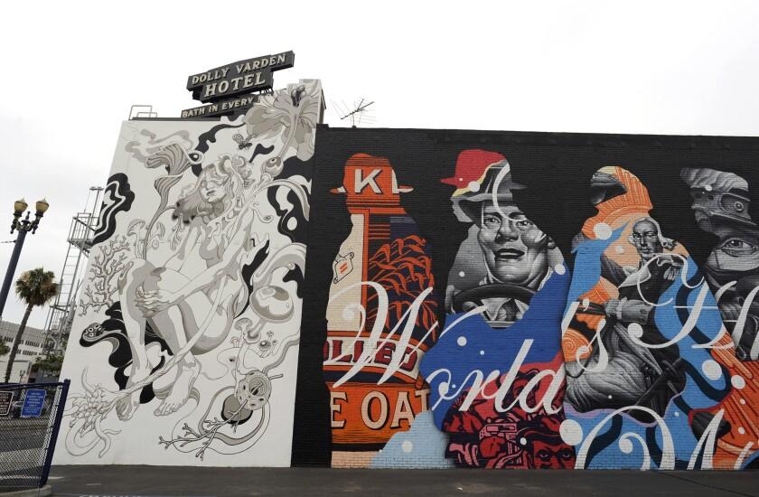 POW! WOW! Long Beach se inició el 12 de julio y concluirá el 17 del mismo mes, con murales realizados por artistas de talla internacional.
