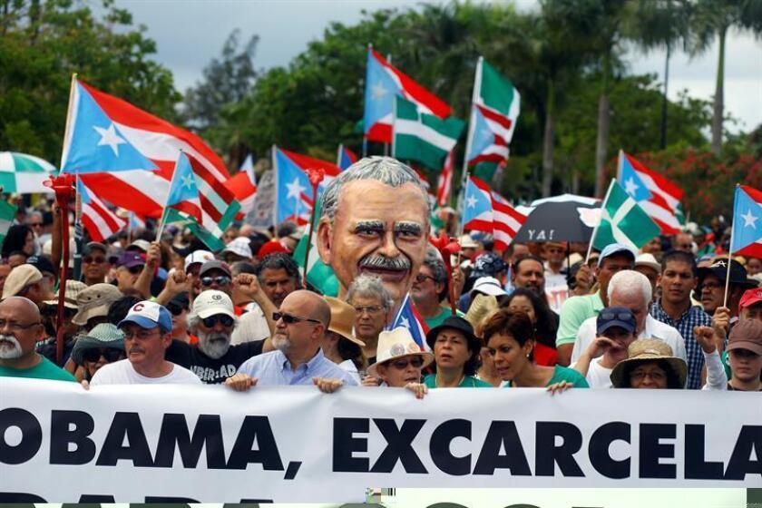 El cineasta puertorriqueño Tito Román Rivera convocó a los puertorriqueños a manifestarse hoy contra el presidente estadounidense, Barrack Obama, por su postura en relación a la petición de liberación del independentista puertorriqueño, Óscar López. EFE/ARCHIVO
