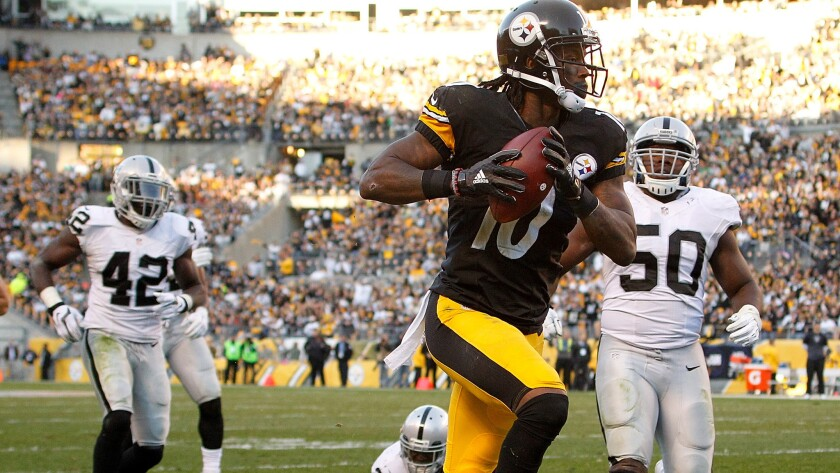Steelers wide receiver Martavis Bryant beats the Raiders defense for a touchdown in the fourth quarter Sunday.
