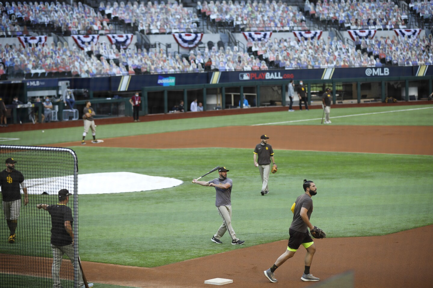 Managers Jayce Tingler of the San Diego hits balls during a practice for the NLDS at Globe Life Field in Arlington, Texas on Monday, Oct. 5, 2020. (K.C. Alfred / The San Diego Union-Tribune)