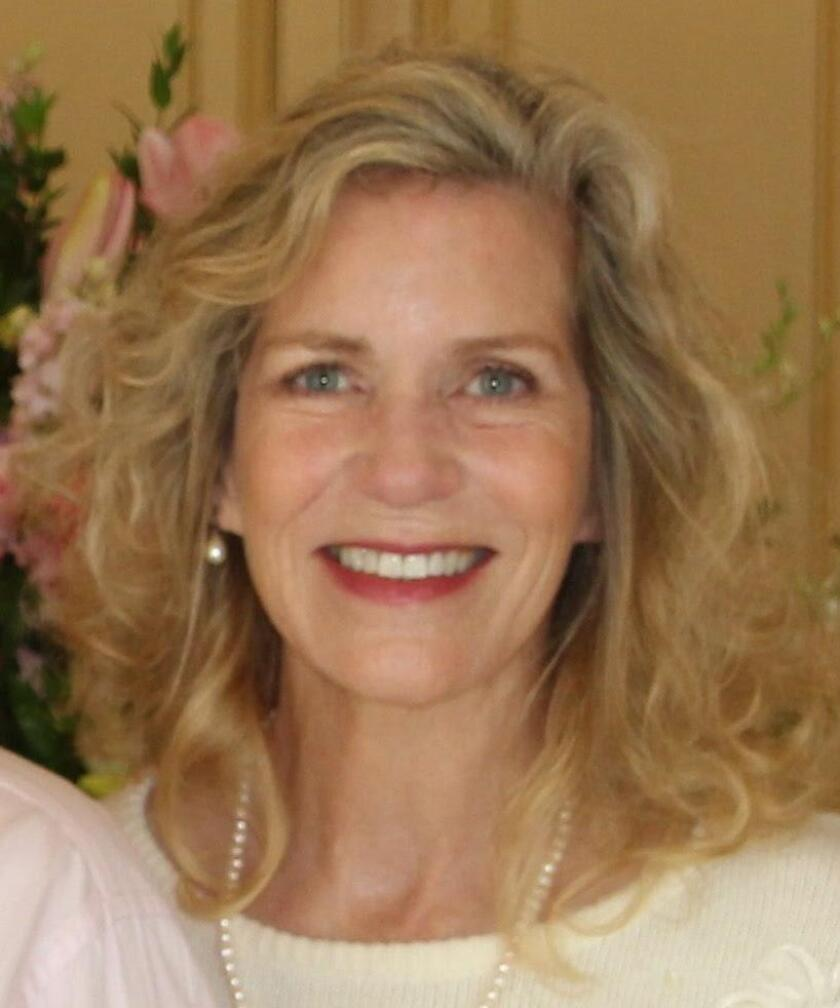 Eve Simmons