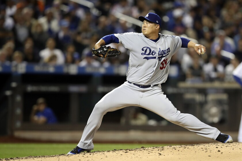 Dodgers left-hander Hyun-Jin Ryu pitches during his team's 3-0 loss to the Mets on Sept. 14, 2019.
